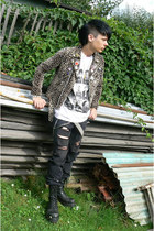 camel Hell Cat Punks jacket - black Invader boots - white Gate shirt