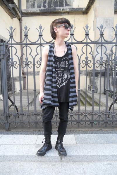 black Pure Trash boots - black Denim Co jeans - black offbrand sunglasses