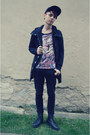 Black-denim-co-jeans-black-snapback-etnies-hat-black-new-yorker-jacket