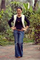 ivory vintage vest - tawny Steve Madden boots - blue jeans