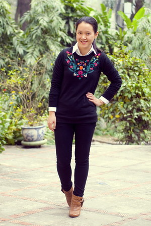 black embroidered Atmosphere sweater - tawny Steve Madden boots - black jeans