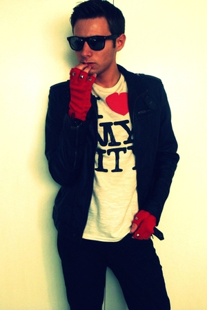 red Diesel DIY gloves - white Zara t-shirt - black Bershka jacket - black Ray Ba
