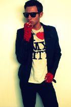 red Diesel DIY gloves - white Zara t-shirt - black Bershka jacket - black Ray Ba