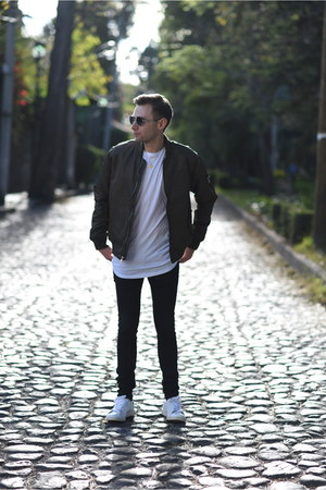 forest green Forever 21 jacket - white pull&bear shirt - white Adidas sneakers