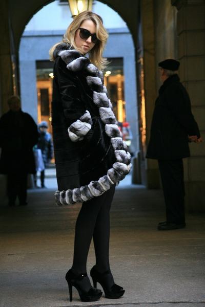 black Carlo Ramello coat - black Zara heels