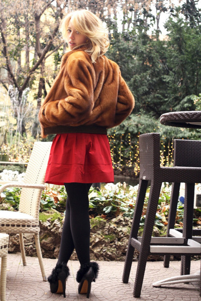 fur Carlo Ramello coat - fur Pollini heels - Breil ring