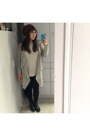 white wool blend H&M cardigan - black leather Urban Outfitters boots