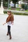 Jessica-buurman-boots-romwecom-jacket