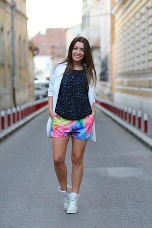 pull&bear blouse - Sheinsidecom shorts - asoscom sneakers