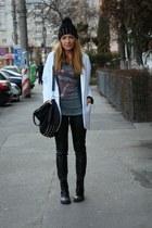Zara boots - Zara blazer - Bershka t-shirt