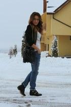 Stradivarius boots - Zara jeans - fishbone jacket