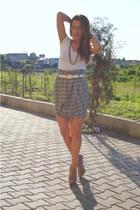 H&M t-shirt - River Island skirt - Zara heels