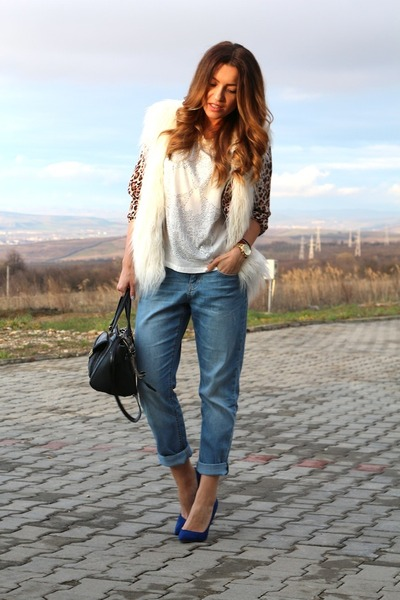 Zara shoes - hm jeans - Guess bag - hm vest