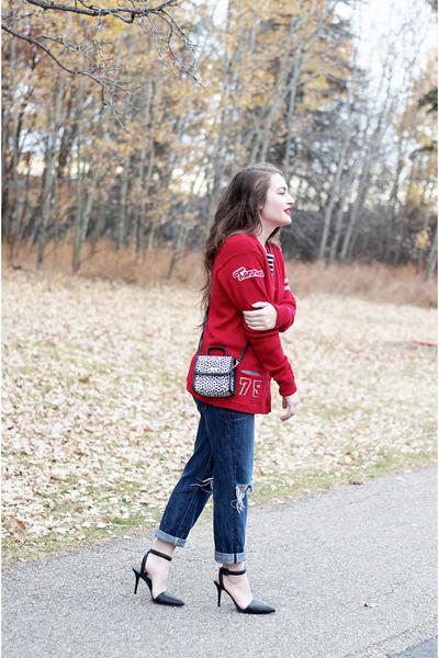 red wool vintage sweater - navy boyfriend jeans Gap jeans