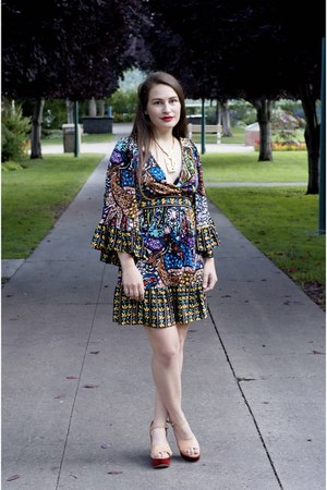 chunky vintage necklace - bohemian boho Betsey Johnson dress