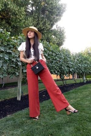 Billabong hat - Zara bag