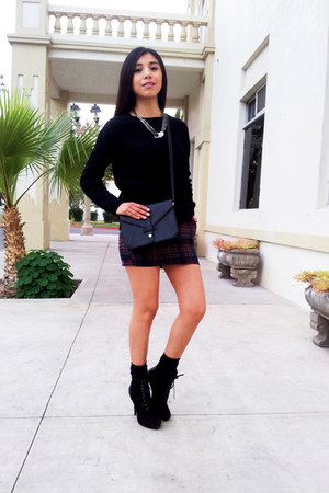 LOB skirt - LOB boots - Forever 21 sweater - Forever 21 bag