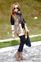 Bershka vest - Bershka boots - Zara scarf