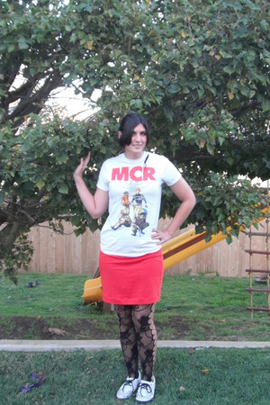 Hot Topic t-shirt - Double Decker shoes - tights - H&M skirt - Etsy earrings