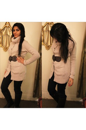 beige cardigan Tommy Hilfiger sweater - dark brown leather Forever21 boots
