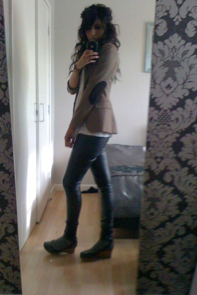 brown blazer - black pants - gray Topshop socks - Faith shoes