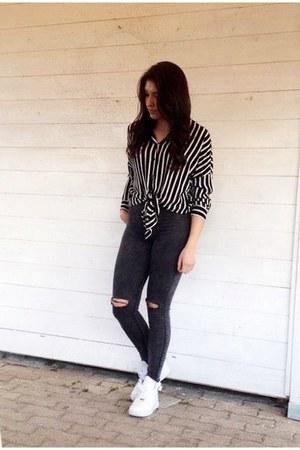 black Zara vest - Bershka jeans - H&M blouse - white nike sneakers