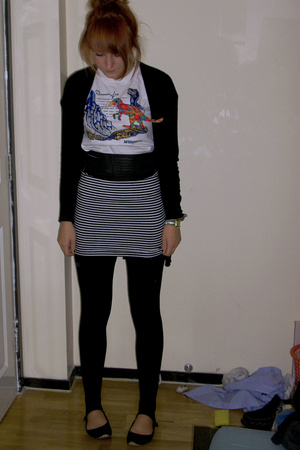 kids t-shirt - Primark jacket - Primark skirt