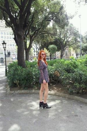 Topshop boots - H&M socks - Zara sunglasses - Topshop jumper