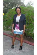 Kmart blazer - Old Navy t-shirt - Target skirt - Forever 21 belt - traffic shoes
