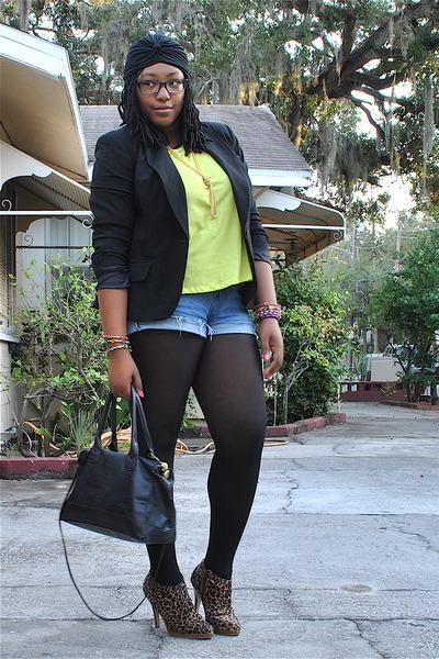camel wild diva boots - black Worthington blazer - black Bueno bag