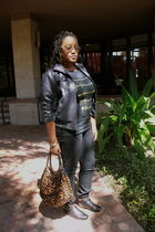 black rainbow jacket - black Walmart t-shirt - black Wetseal jeans - black GoJan