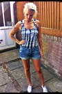 Republic-shorts-topshop-vest-new-look-sneakers