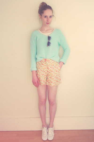 Topshop shorts - new look sunglasses - new look t-shirt - new look jumper