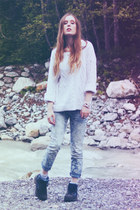 floral print free people jeans - ivory cable knit H&M jumper