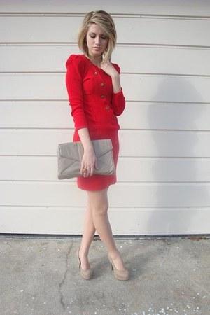 red thrifted vintage dress - beige clutch thrifted bag - beige platform Forever