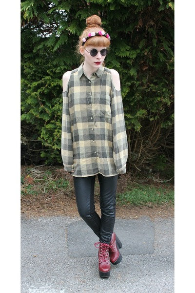 dark khaki vintage shirt - brick red Jeffrey Campbell shoes - black H&M leggings