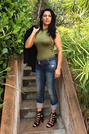 navy online jeans - olive green dresslily bodysuit - black AmiClubWear heels