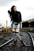 doc martens shoes - Japaneses socks - Hardware skirt - Zara top - Riot Barbie Sh