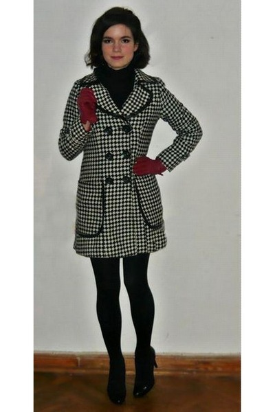 black Lucy Paris coat - ruby red new look gloves