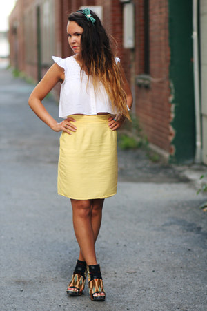 Aritzia top - Aldo wedges - vintage skirt