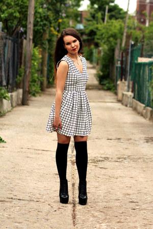 Forever 21 dress - GoJane heels