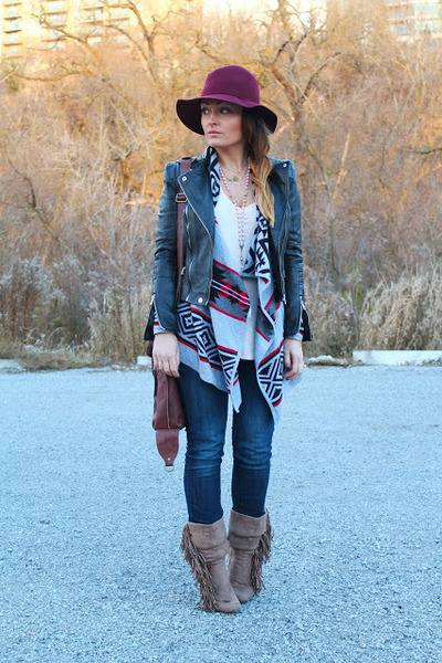 Forever 21 sweater - H&M jeans - Zara jacket