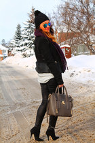 Zara jacket - danier bag - Aldo heels