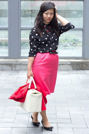 black heart print Joe Fresh blouse - hot pink pencil skirt banana republic skirt