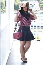 black H&M skirt - tan floppy American Eagle hat