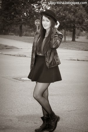 black H&M skirt - biker boots bullboxer boots - chaplin H&M hat