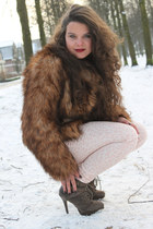 faux fur H&M coat - Primark boots - leopard H&M jeans