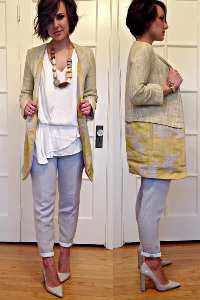 off white white pumps Zara shoes - light yellow printed jacket Zara jacket