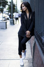 Black-blazer-funktional-blazer-black-vince-pants-white-superga-sneakers