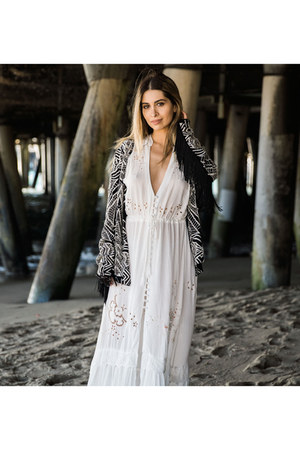 fringe print Cleobella jacket - Spell and the Gypsy Collective dress